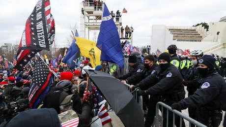 Partidarios de Trump irrumpen en los alrededores del Capitolio mientras el Congreso se reúne para certificar la elección de Biden (VIDEOS)