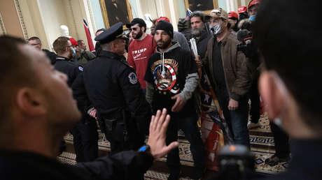 ¿Qué pasó en el Capitolio de EE.UU.? Todos los detalles sobre la violenta manifestación de los partidarios de Trump