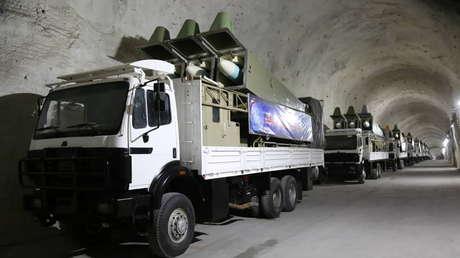 """Irán revela una nueva base subterránea: """"Estas columnas de misiles se extienden por kilómetros"""" (FOTOS)"""
