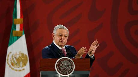 """López Obrador anuncia que México está """"por cerrar"""" un acuerdo con Rusia para adquirir la vacuna Sputnik V contra el coronavirus"""