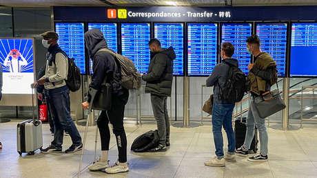 ¿Medida esencial o plan peligroso? La propuesta de un 'pasaporte de vacunación' para viajar libremente divide a la UE y preocupa a la OMS