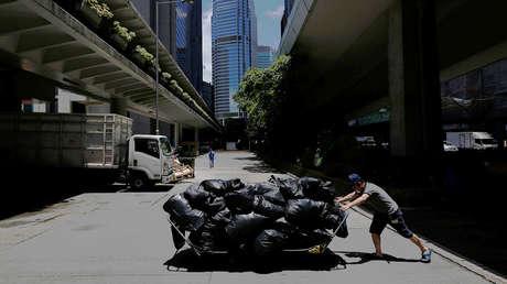 Un limpiador muere tras caer 35 pisos por un conducto de basura