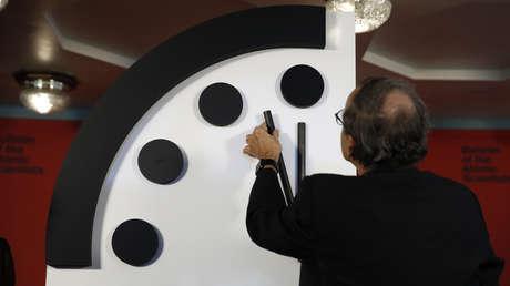 El Reloj del Juicio Final no avanza y se queda a 100 segundos del 'apocalipsis'