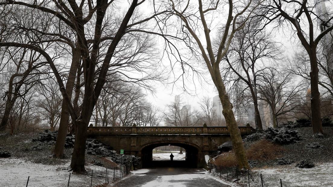 Cierran las escuelas y reprograman la vacunación en Nueva York por la llegada de una tormenta de nieve