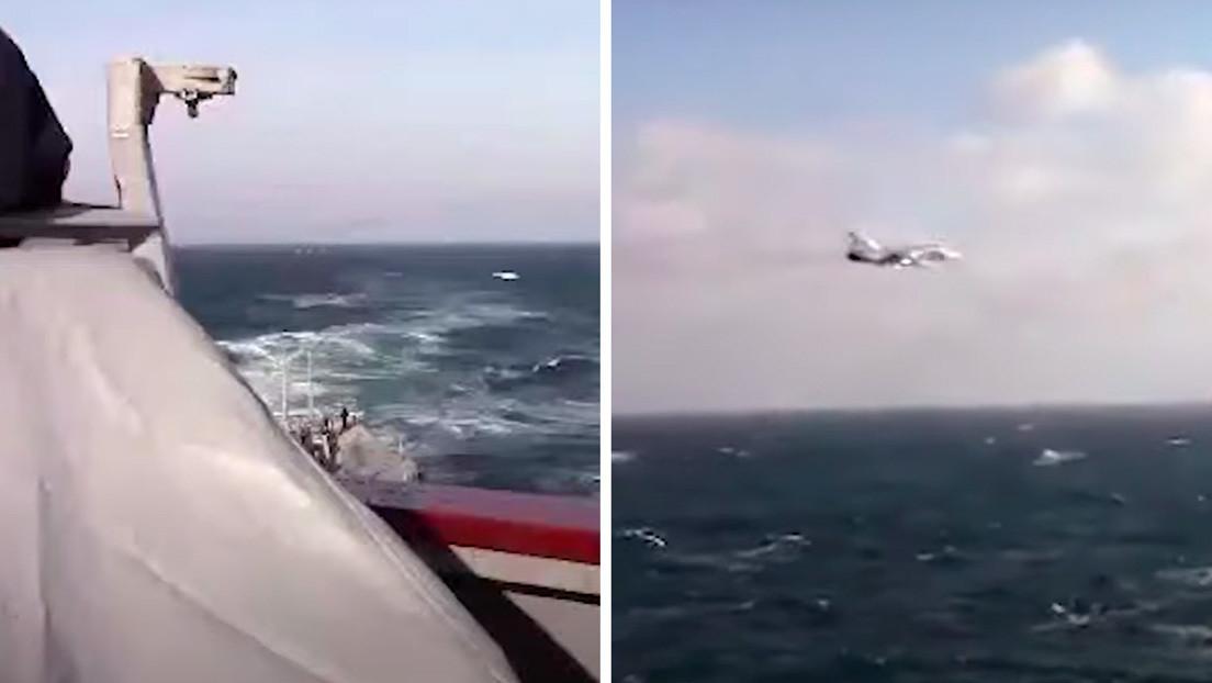 VIDEO: Un avión ruso Su-24 vuela cerca del destructor USS Donald Cook enviado por EE.UU. al mar Negro