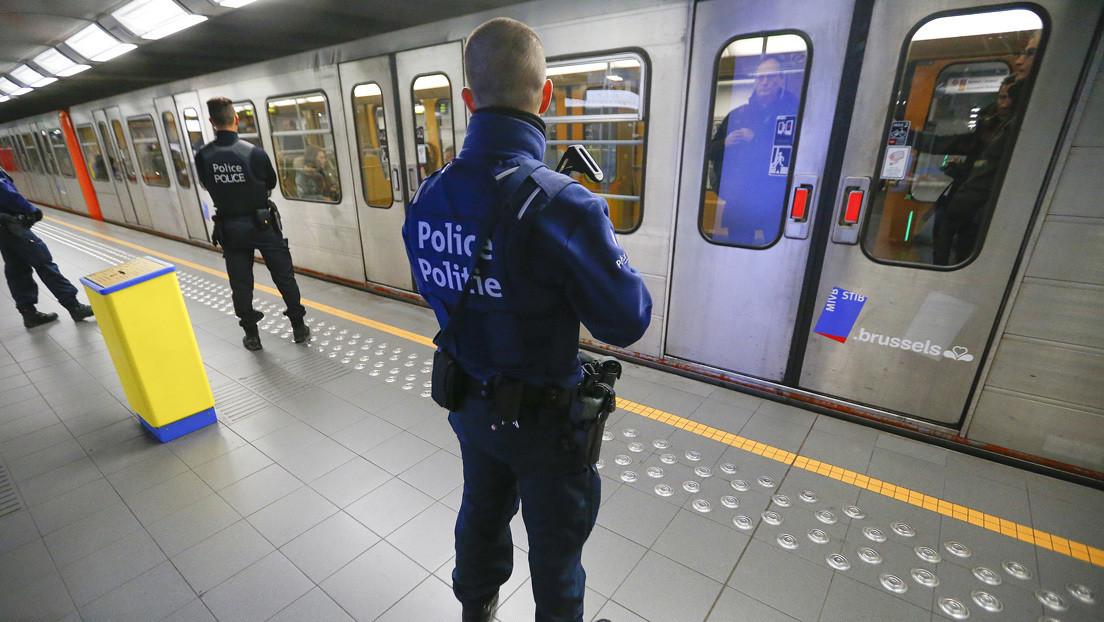 Atacante armado con cuchillo deja varios heridos en el metro de Bruselas