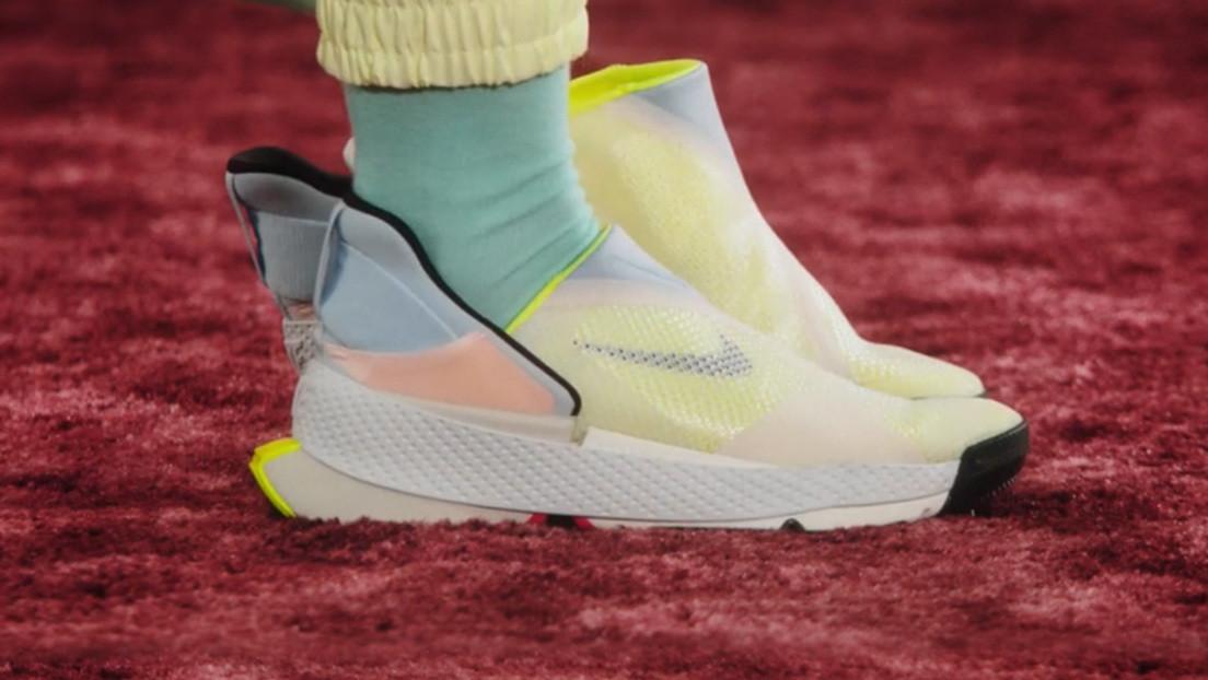 Las nuevas zapatillas de Nike pueden ponerse y quitarse sin usar las manos