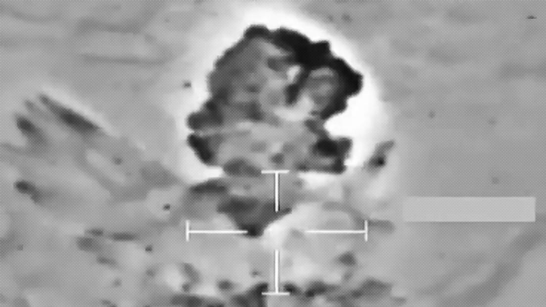 VIDEO: Pilotos británicos abaten a terroristas del Estado Islámico ocultos en cuevas utilizando armamento guiado por láser