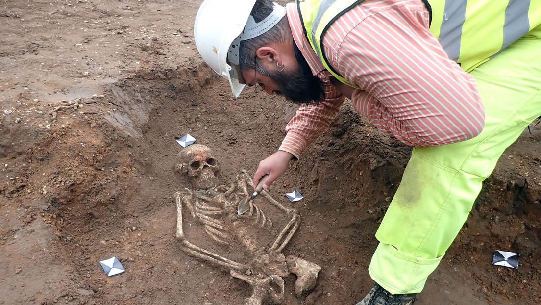 Descubren un cementerio medieval en el sitio donde se construía una residencia estudiantil en el Reino Unido