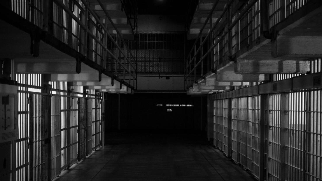 """Vuelven a poner entre rejas a un recluso liberado """"por error"""" el día de su cumpleaños"""