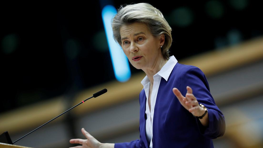 """""""Cometemos errores todos los días"""": Ursula von der Leyen se niega a ofrecer disculpas por el mal manejo de distribución de las vacunas de AstraZeneca"""