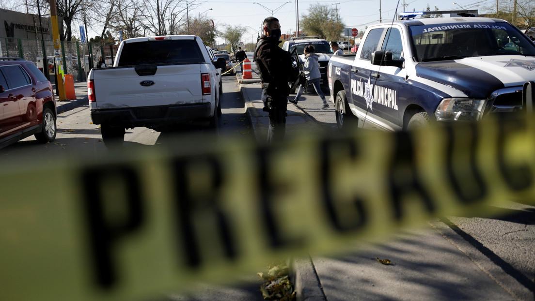 Linchan y queman vivos a dos presuntos ladrones en México y graban en video la persecución