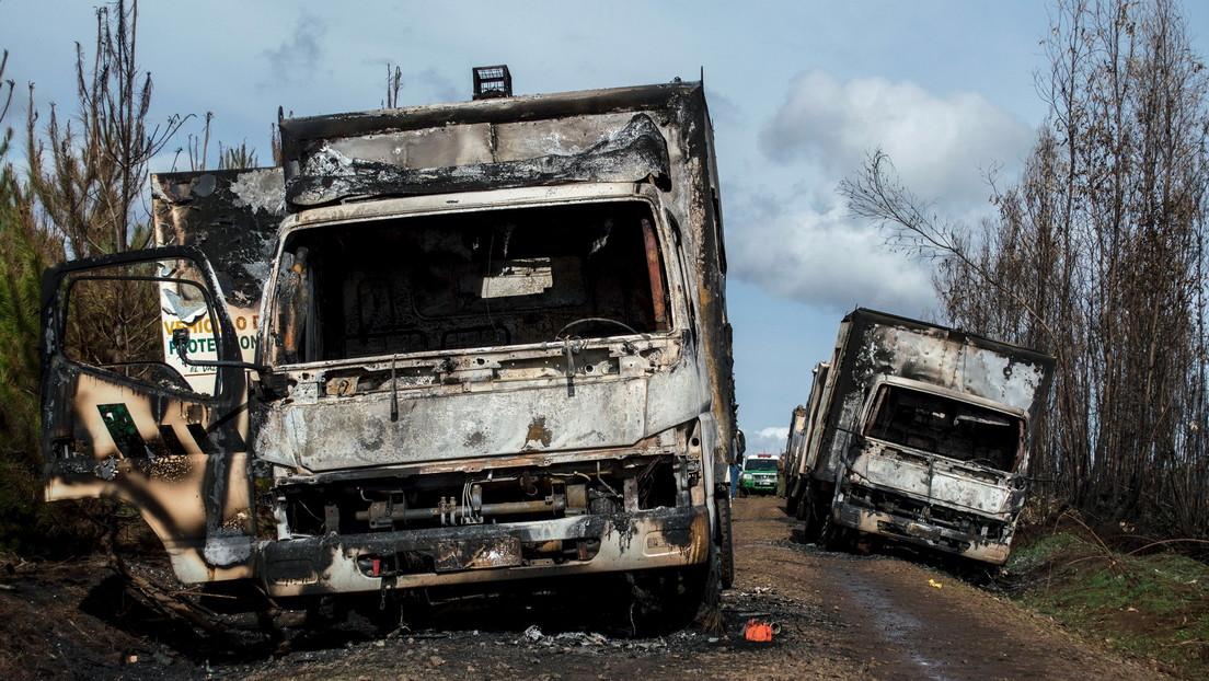 Denuncian nuevos ataques incendiarios contra camiones en el sur y centro de Chile