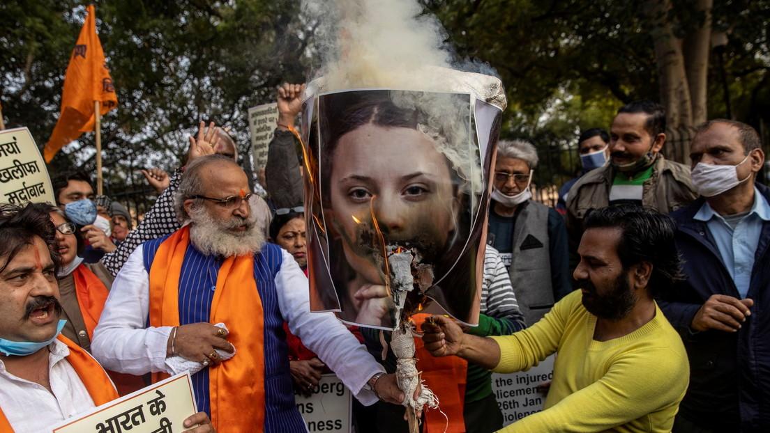 Greta Thunberg y Rihanna terminan 'en la hoguera' de múltiples activistas indios por apoyar a granjeros indignados