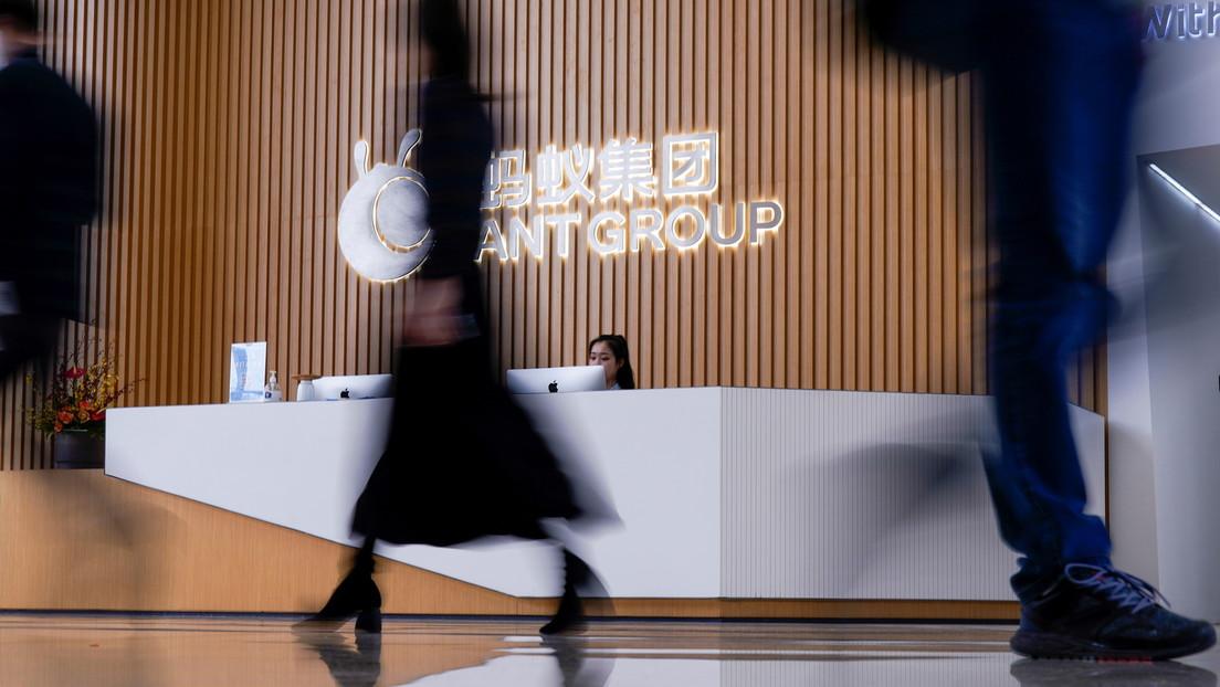"""Reuters: La empresa Ant Group de Jack Ma hace concesiones a las autoridades chinas para salir a bolsa """"en dos años"""""""