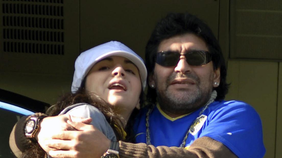 """""""Si me matan son todos cómplices"""": La reacción de Gianinna Maradona por una joya de su padre que le reclaman y ella dice no tener"""