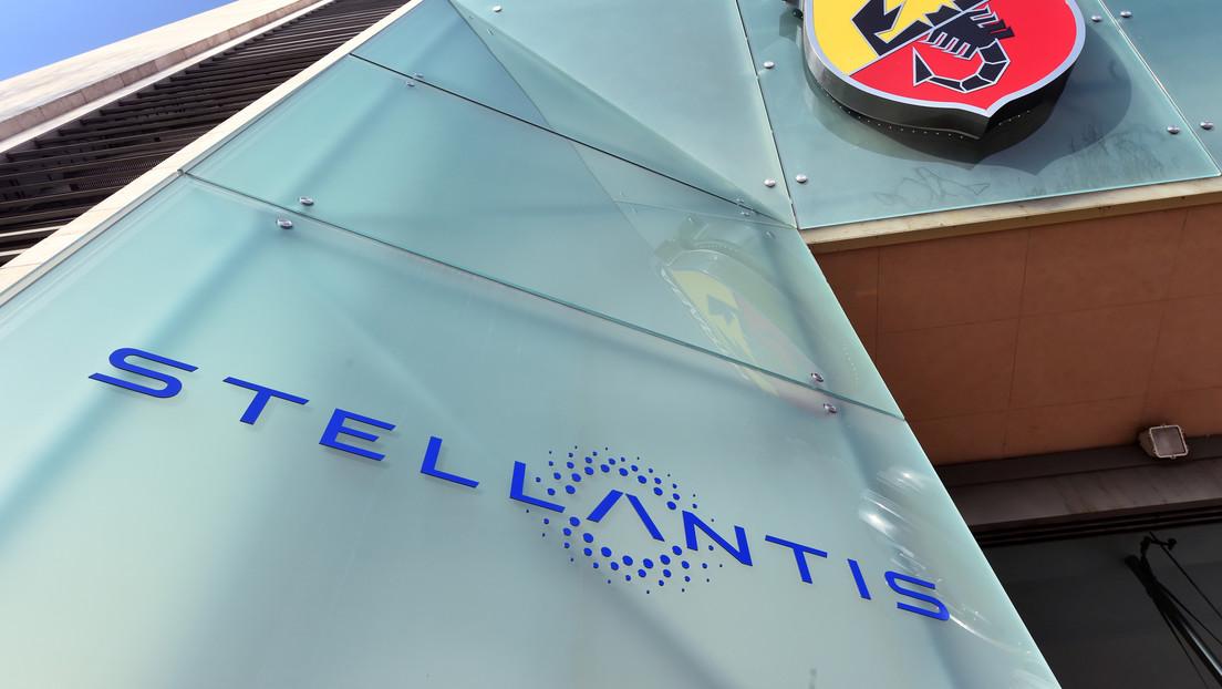 Los fabricantes de automóviles Renault y Stellantis reducen parte de su producción por la escasez de chips