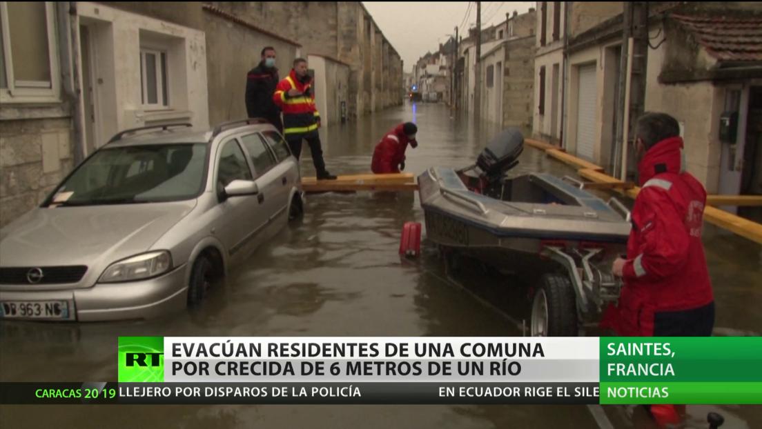 Francia: Evacúan a residentes de una comuna por la crecida histórica de un río