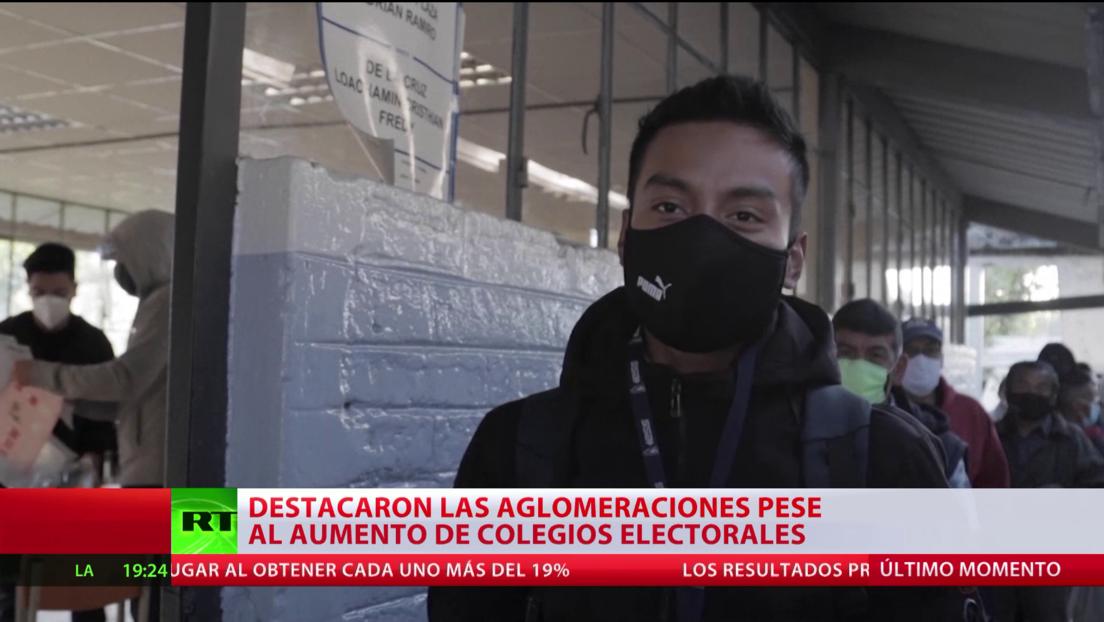 Ecuador: Ciudadanos relacionan las demoras y largas colas para votar con la pandemia