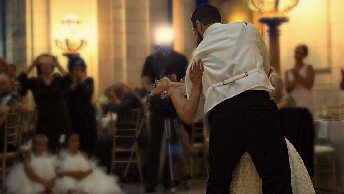 Un video de una boda en el Casino de Madrid con invitados sin mascarilla en plena tercera ola de la pandemia enfada a las redes sociales