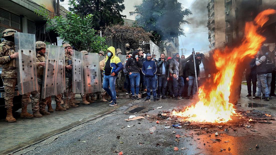 Entre la incertidumbre del virus y la certeza del hambre: las protestas regresan a Líbano