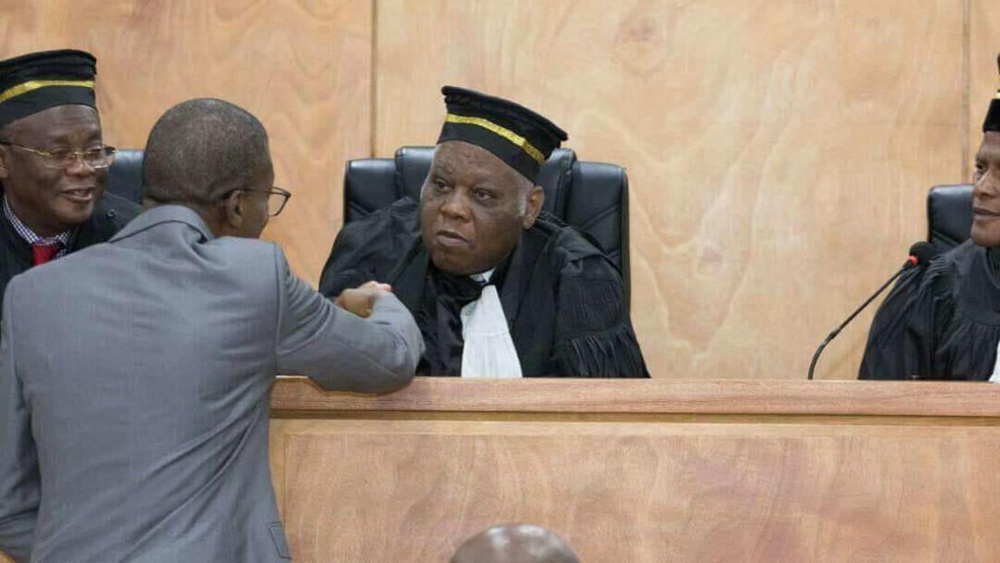 """La oposición haitiana nombra al juez Joseph Mécène Jean-Louis """"presidente de transición"""" al considerar que finalizó el mandato de Jovenel Moise"""