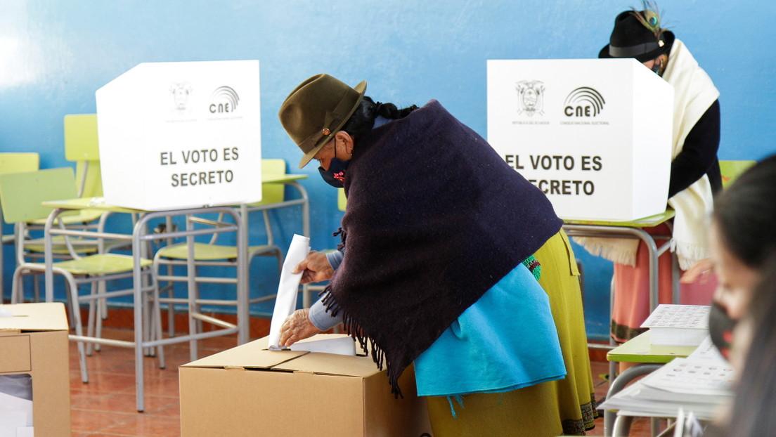 """Gana el """"Sí"""" en una consulta popular sobre la prohibición de la minería en zonas hídricas del municipio ecuatoriano de Cuenca"""