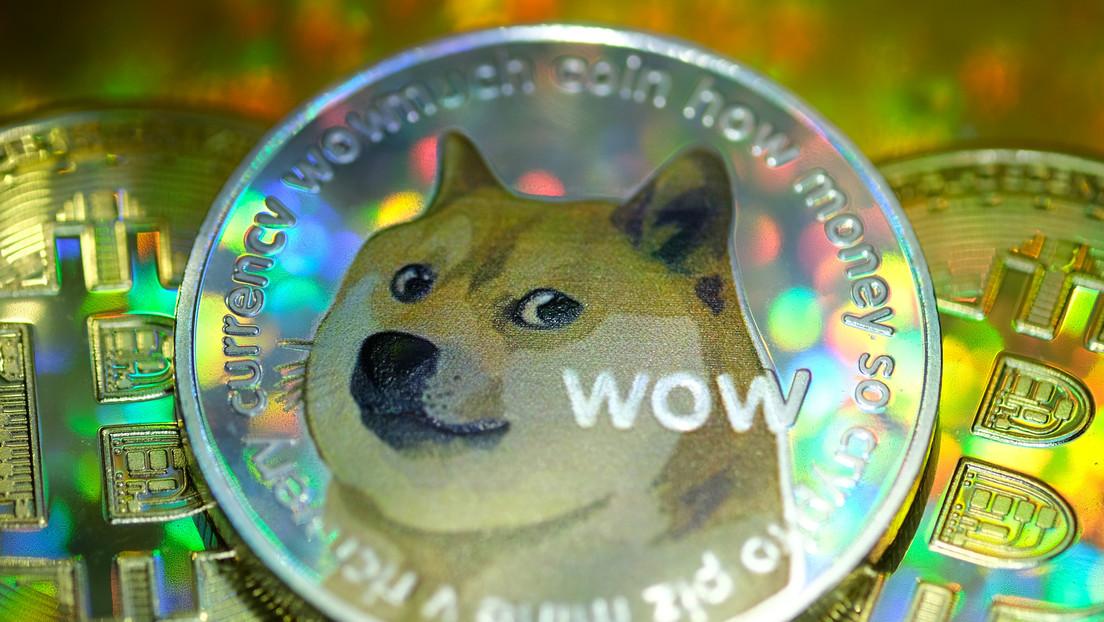 La criptomoneda dogecóin bate un nuevo récord tras el respaldo de Elon Musk, Snoop Dogg y el líder de Kiss