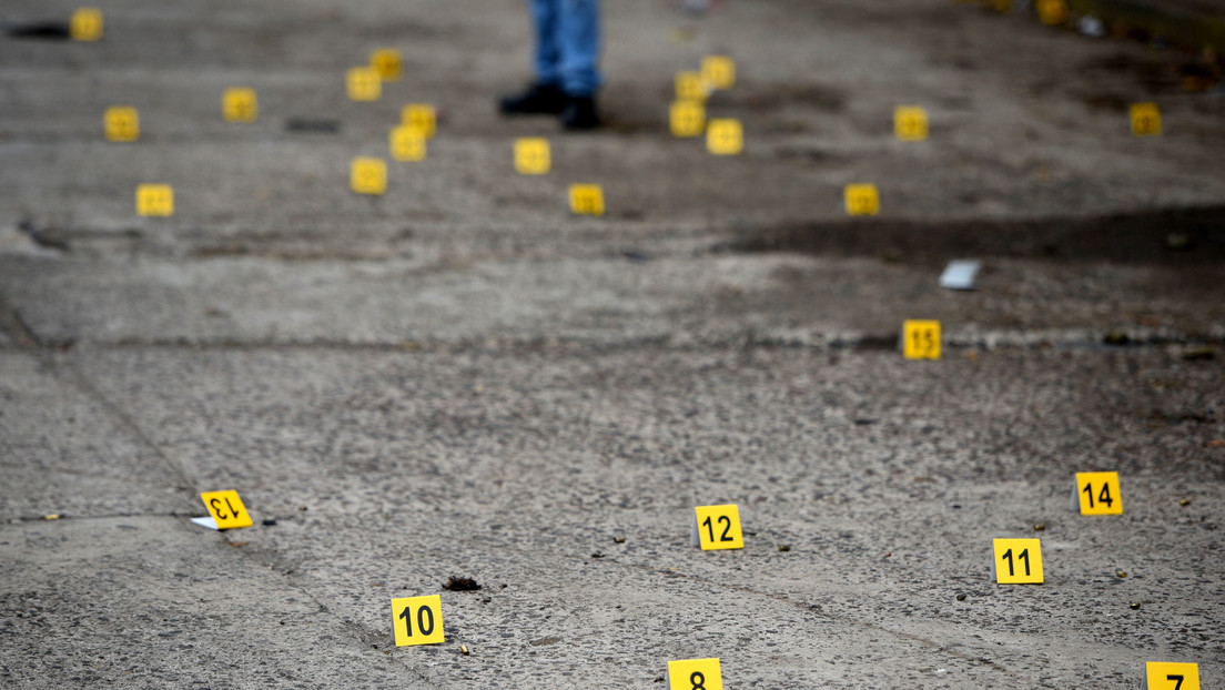 VIDEOS: El momento en que se desata una intensa balacera durante un intento de secuestro en el estado mexicano de Jalisco