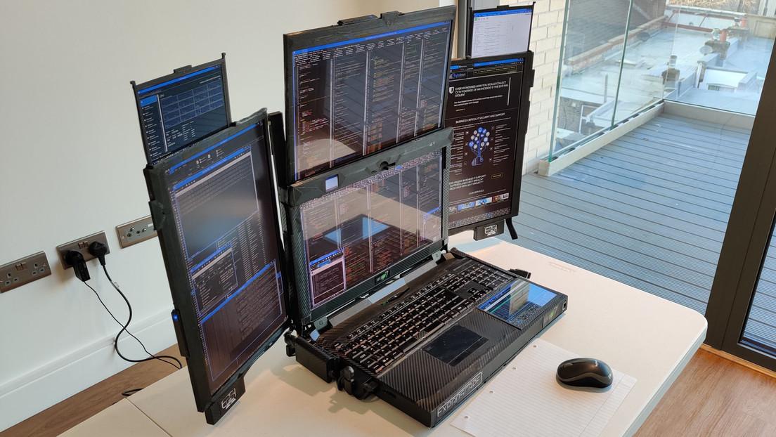 Listo el prototipo del primer portátil del mundo dotado con 7 pantallas