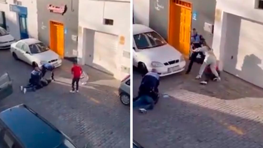 VIDEO: Dos policías pegan una paliza a una pareja que les graba mientras realizan una detención en Canarias