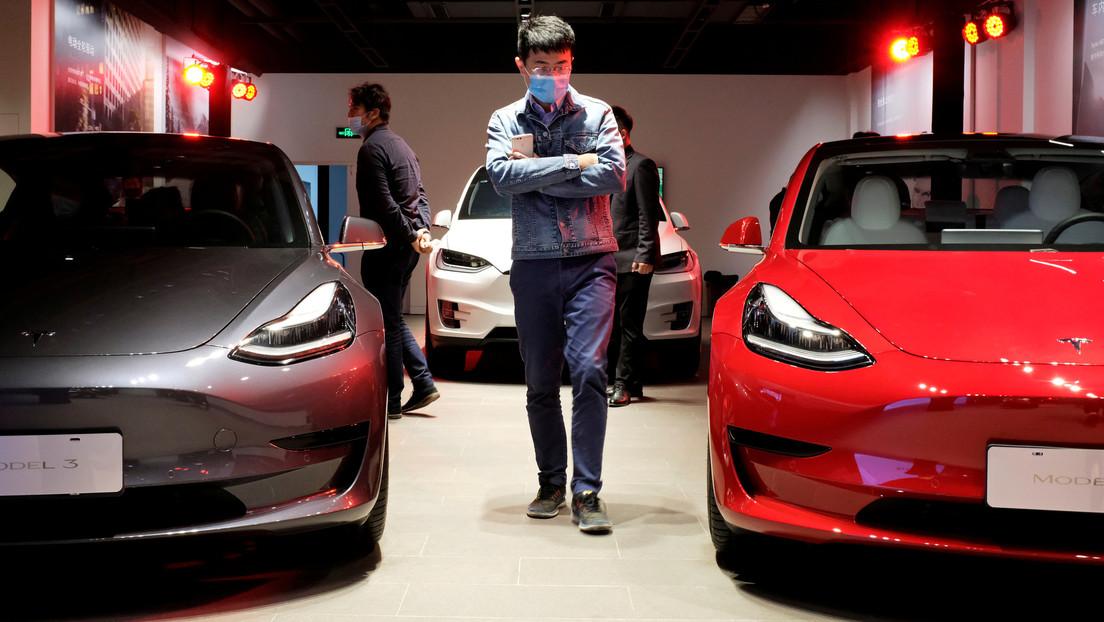 Representantes de Tesla se reúnen con autoridades chinas por denuncias relacionadas con fallas técnicas y mecánicas en sus autos