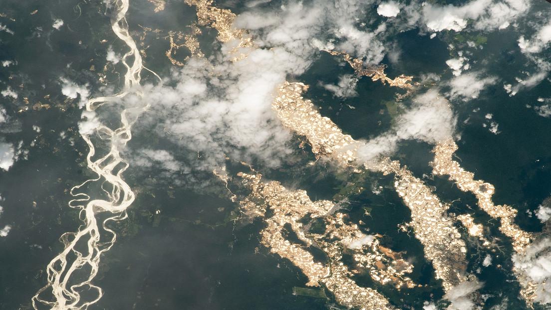 Captan desde la EEI impresionantes 'ríos de oro' en Perú