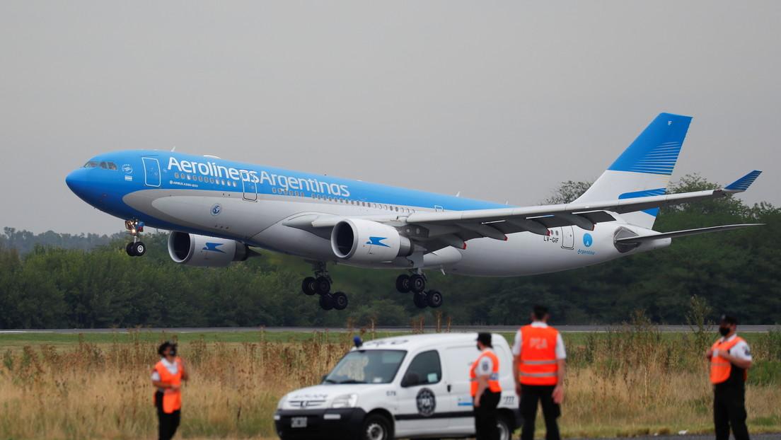 Despega de Buenos Aires el cuarto vuelo que recogerá en Moscú un nuevo cargamento de la vacuna rusa Sputnik V