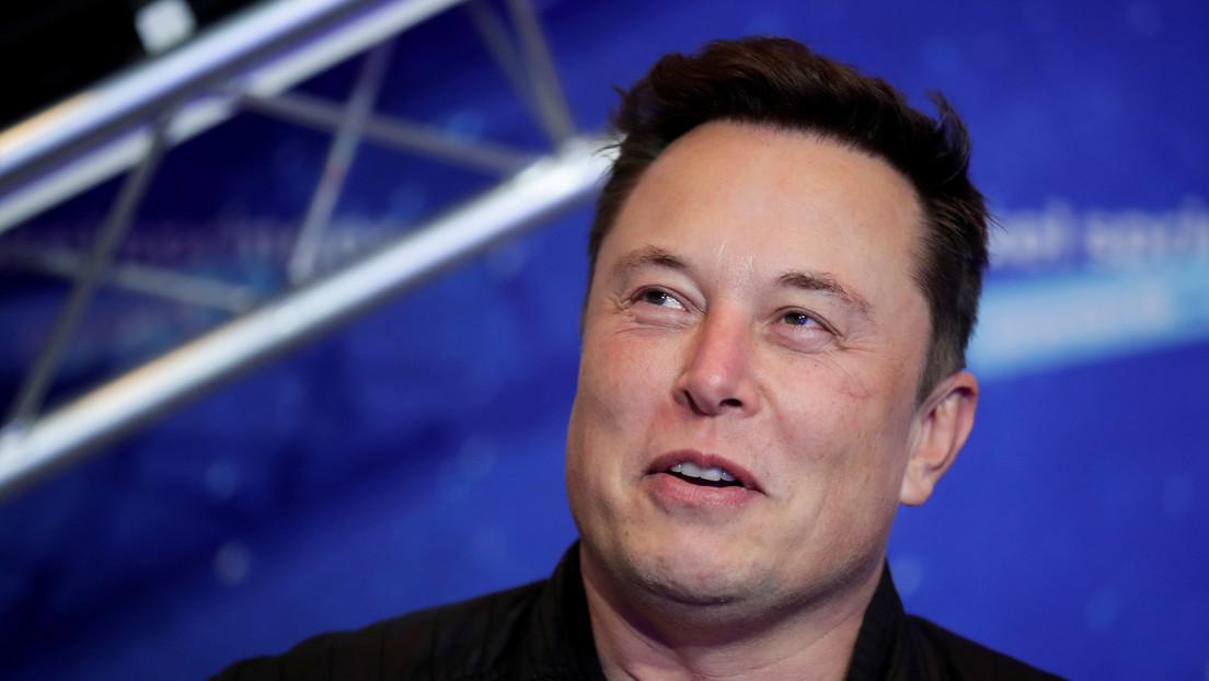 Elon Musk dice haber comprado dogecoines para su hijo, que nació hace menos de un año