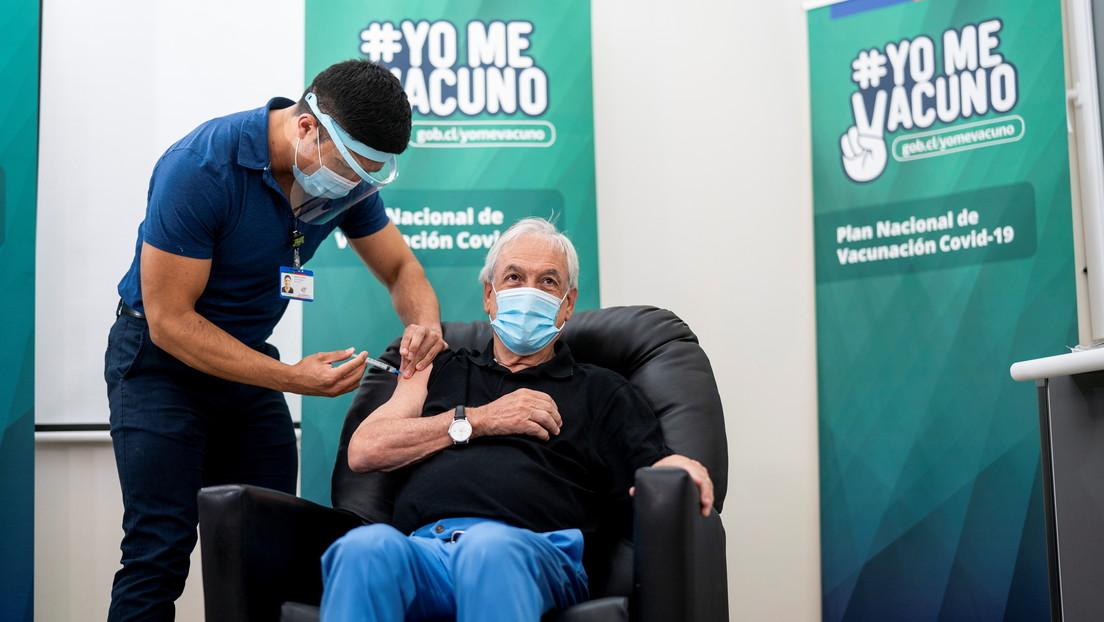VIDEO: Sebastián Piñera recibe la vacuna china CoronaVac contra el covid-19