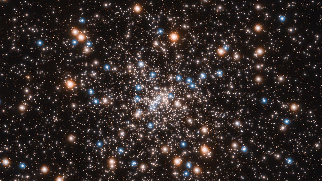 Astrónomos descubren un cúmulo de estrellas repleto de pequeños agujeros negros