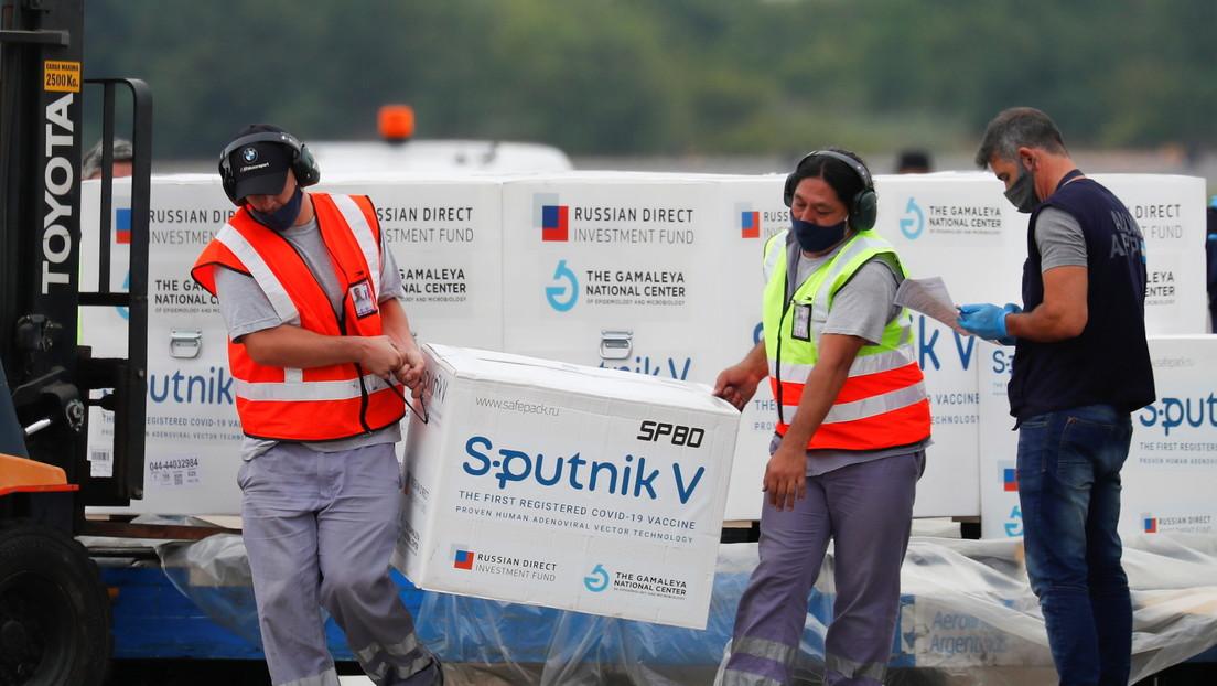 Argentina recibe el cuarto vuelo con 400.000 dosis de la vacuna Sputnik V