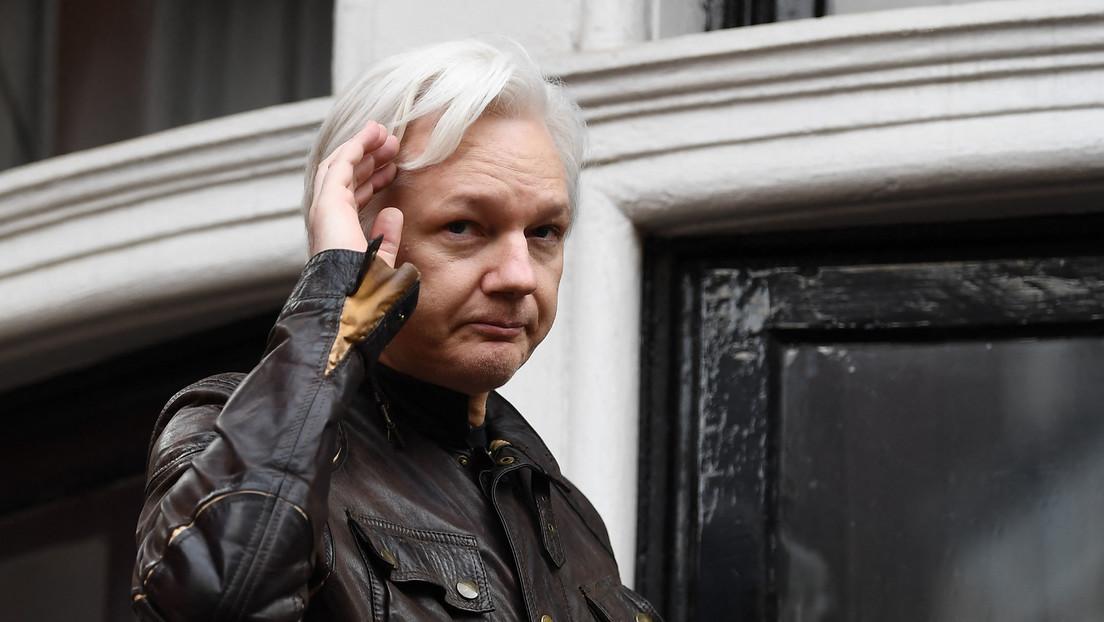 The New York Times: La Administración Biden pide a un tribunal británico que apruebe la extradición de Julian Assange