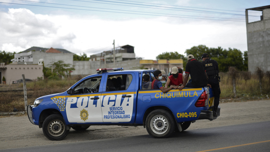 Dos padres y sus tres hijos son asesinados al interior de su hogar en una aldea en Guatemala