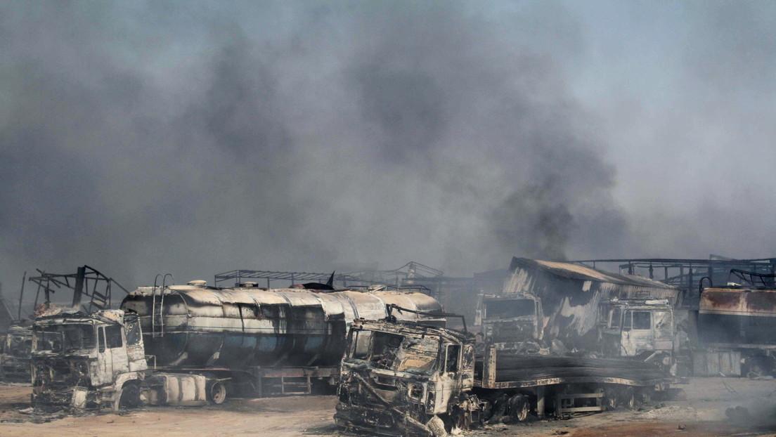 500 vehículos estallan en llamas tras la explosión de un camión cisterna en la frontera entre Afganistán e Irán