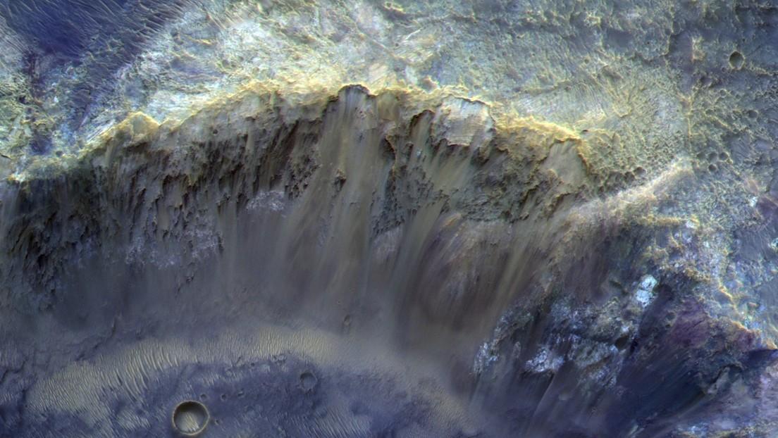 VIDEO: Una impresionante fotografía de la superficie marciana muestra minerales que se habrían formado cuando estaba cubierto de agua