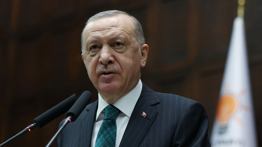 Erdogan acusa a EE.UU. de apoyar a militantes kurdos que ejecutaron a 13 turcos en Irak