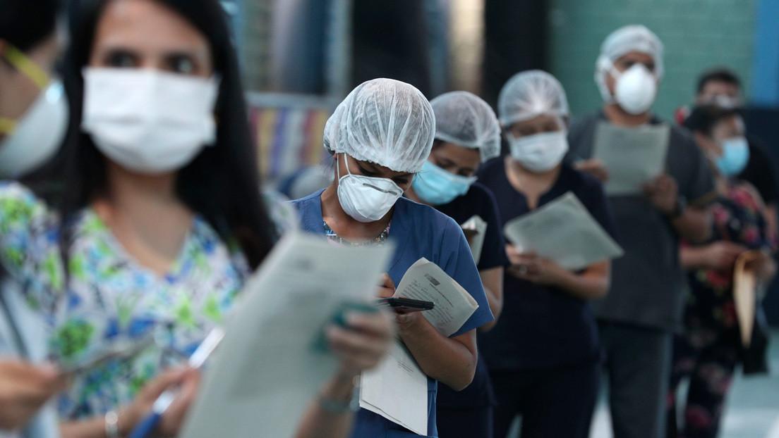 Escándalo en Perú: 487 personas, entre ellas altos cargos y ministros, se aprovecharon de su posición para vacunarse contra el coronavirus