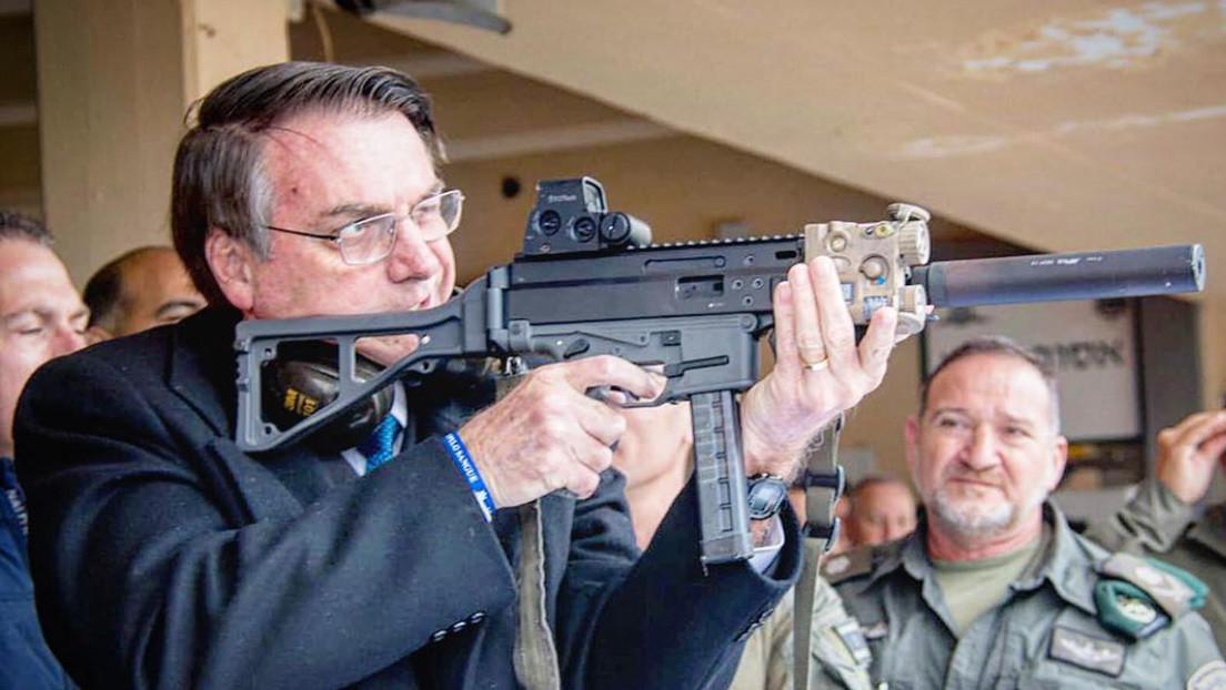 ¿Milicias bolsonaristas en el horizonte?: Alerta en Brasil tras flexibilizar el presidente por decreto el uso de armas