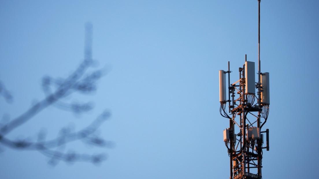 Francia pide que los teléfonos 5G sean apagados en los vuelos para que no interfieran con el instrumental del avión
