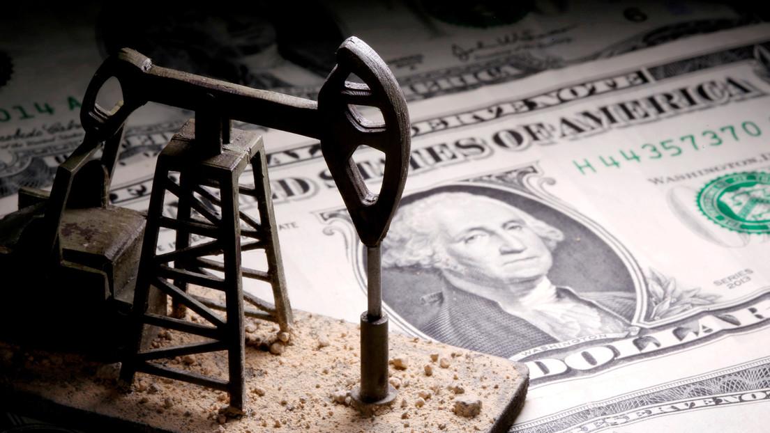 El barril de Brent supera los 65 dólares por primera vez desde enero de 2020