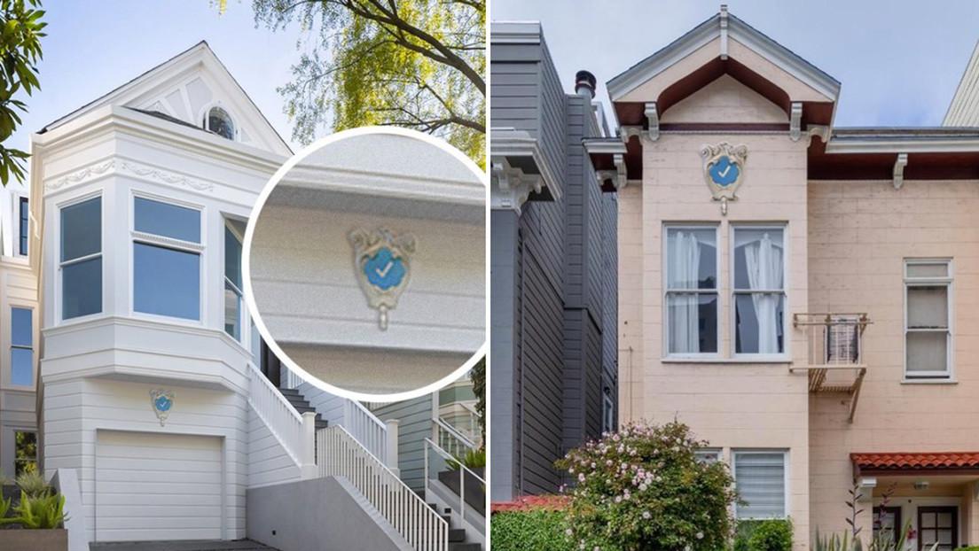 Una diseñadora trolea a la Red vendiendo insignias falsas de verificación para casas al estilo de Twitter