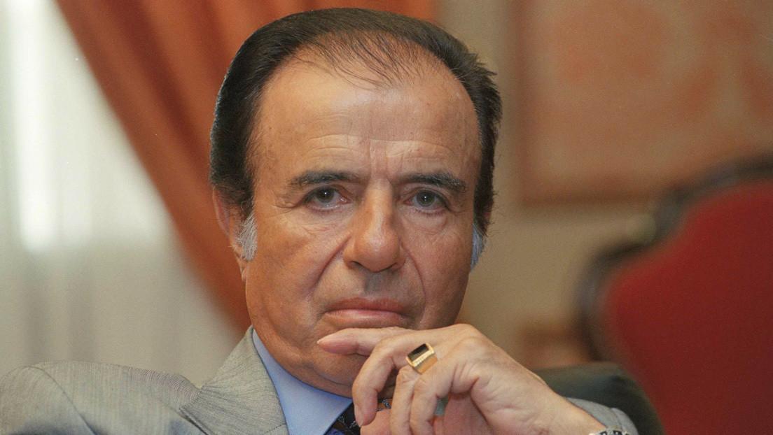 La Justicia de Argentina imputa a tres enfermeros por el robo del anillo del expresidente Carlos Menem