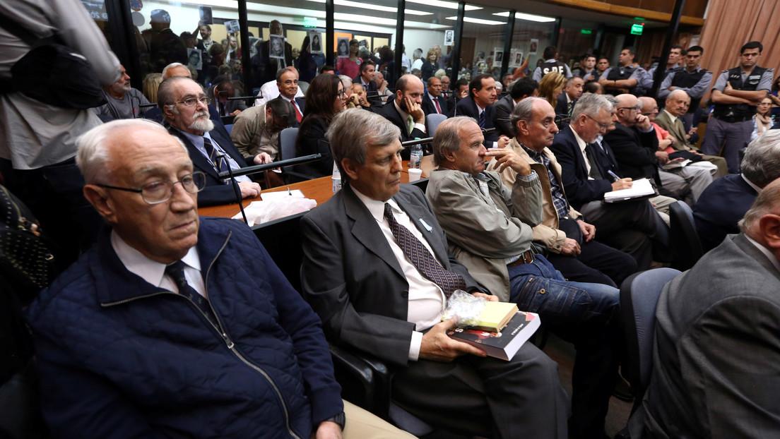 Condenan a ocho represores por crímenes de lesa humanidad en contra de 816 víctimas en Argentina